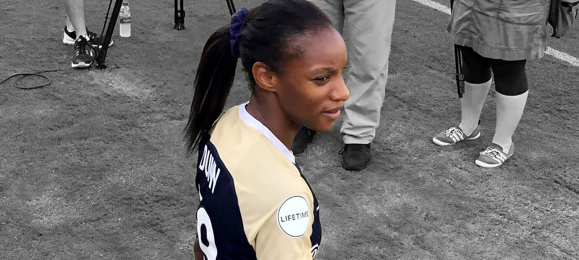 Crystal Dunn featured